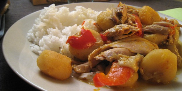 Red curry, poulet et chataignes d'eau