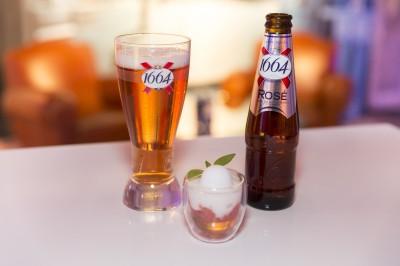 Gelée de bière, pomelos, sorbet rose et 1665 Rosé