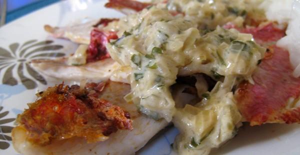 Rougets grillés, sauce échalote et vin blanc